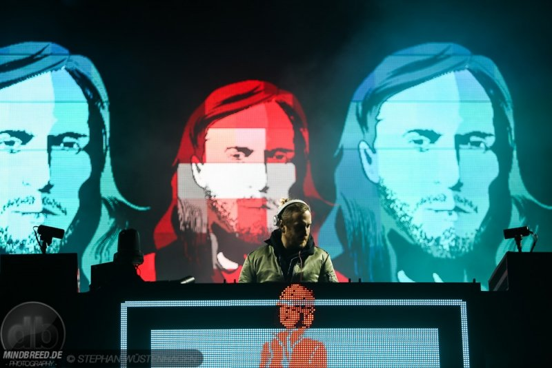 David Guetta Tinderbox